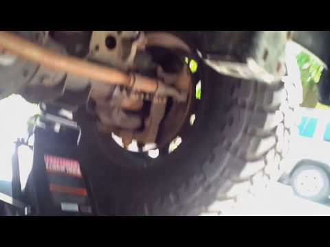 Check Dodge Ram 2500 tie rod ends for wear