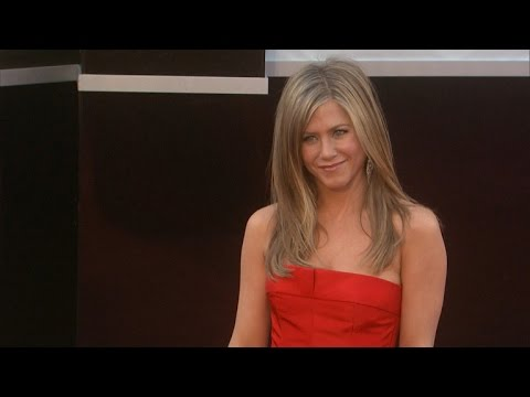 Jennifer Aniston Uses Sweat as a Hair Product