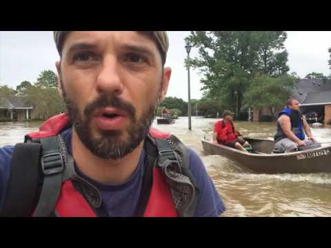 Louisiana floods: New Orleans photographer Frank Relle rides boat through Baton Rouge neighborhood