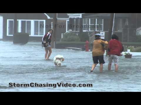 8/28/2011 Hurricane Irene Hitting Groton, CT Long Point, area.
