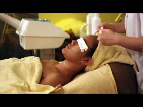 Professional facial cleansing, extraction, massage & mask