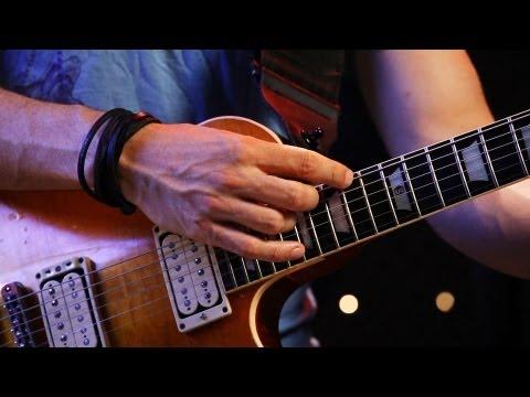 How to Play Pinch Harmonics | Heavy Metal Guitar