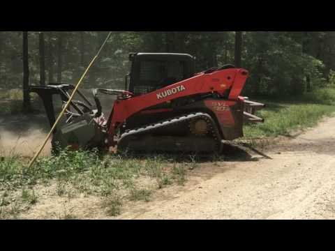 Grinding 3 stumps with FAE Brush mulcher on a Kubota Svl 90-2