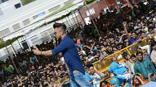Millind gaba live performance in Delhi university south campus . happy Birthday  yo yo honey singh