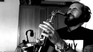 Download No man no cry - Jimmy Sax (live)