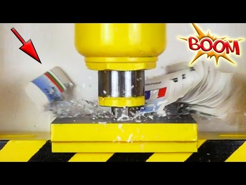 YOU WILL NOT BELIEVE  WHAT HAPPEN TO THIS BOOK ! Book VS Hydraulic press ( hydraulic press channel )