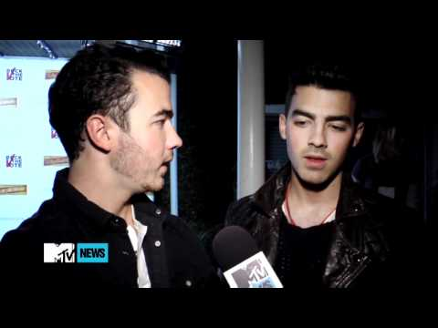 Jonas Brothers Offer Advice To This Year's Best New Artist Nominees