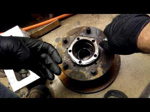 Easy Land Rover Lug Nut Cap Removal