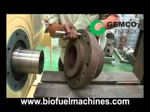 How to use mechanical briquette maker