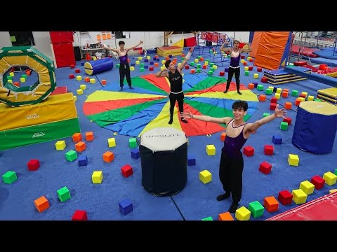 SUPER INSANE GYMNASTICS OBSTACLE COURSE!