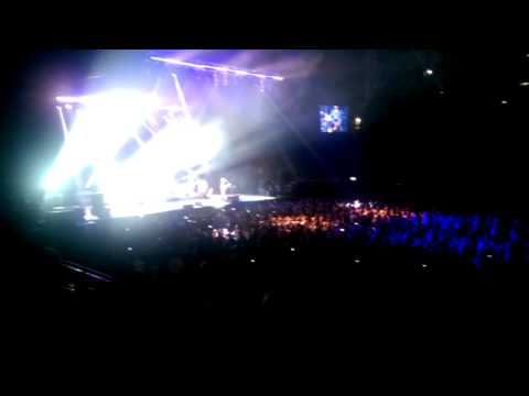 Train - Drive By at the O2 Arena 24th March 2015