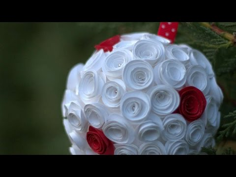 How To Create A Ball For The Christmas Tree - DIY Crafts Tutorial - Guidecentral