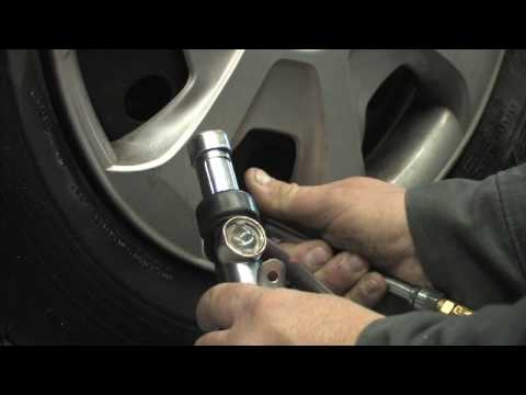 Car Maintenance : How to Put Air in Car Tires