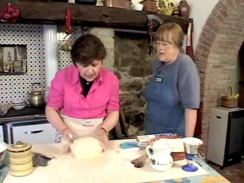 Ciao Italia 1307-r0515 Nancy's Tuscan Bread