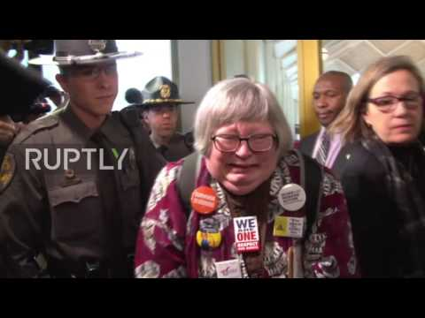 USA: 39 arrested as N. Carolina GOP limit Democratic governor's powers
