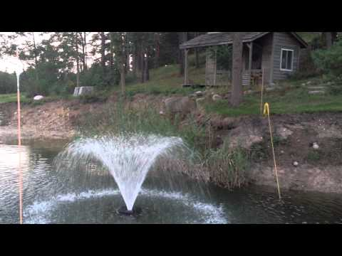 Pond floating water fountain