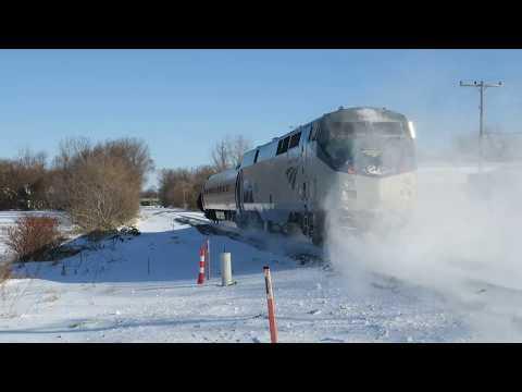 One Car Amtrak Shuttle 450 @ Windsor
