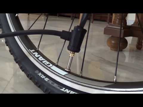 How to inflate a bicycle tire with a Presta valve adaptor + floor pump by Giant