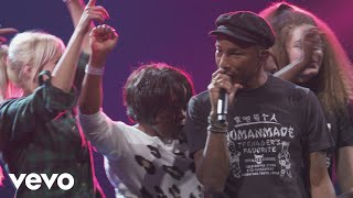 Pharrell Williams - She Wants to Move (Live from Apple Music Festival, London, 2015)