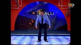 Portokalli, 10 Prill 2004 - Polici (Skeçi me cigaren)