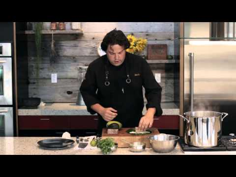 How to Make an Ahi Tuna Wrap : Delicious Food Creations