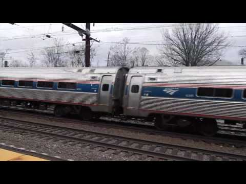 Amtrak Regional/Acela Rip thru Metuchen