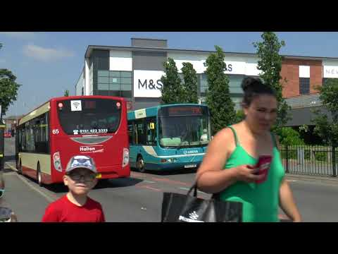 BUSES IN WIDNES MAY 2018