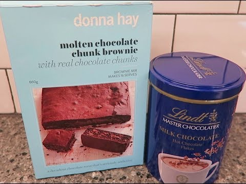 Donna Hay Molten Chocolate Chunk Brownie & Lindt Milk Chocolate Hot Chocolate Flakes Review