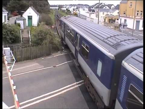 2005-10-05 NIR 8783 departs Castlerock with 1315 Londonderry-Belfast