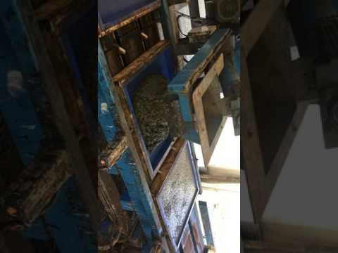 Recycled glass concrete mix. Wetcast concrete equipment