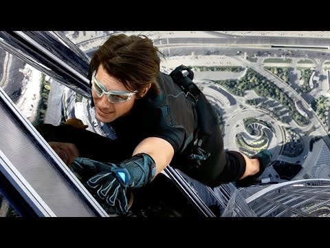 Spider-Man Gloves Allow Man to Climb Glass Wall