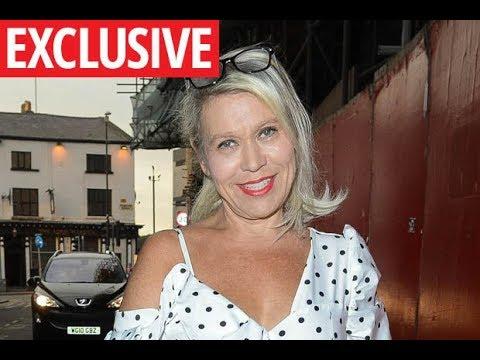 Xxx Mp4 Coronation Street Hold Secret Meetings With Shameless Star Tina Malone 3gp Sex