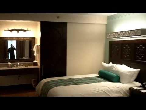 Hotel Room Tour:  Coronado Springs Resort, Walt Disney World Florida