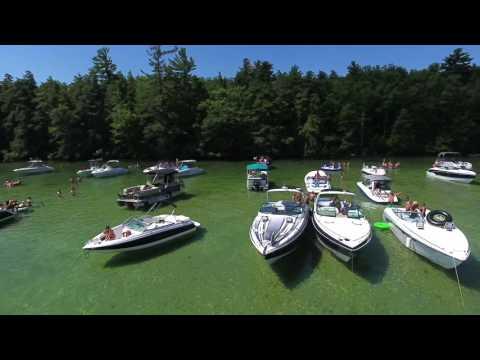 Lake Winnipesaukee, Braun Bay, Drone footage, Summer Days-Boat Cruise