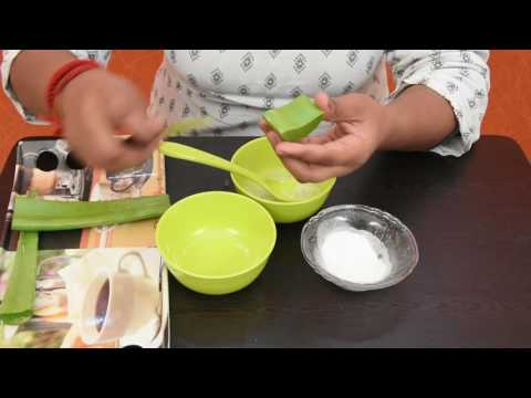 How to get clear, glowing, spotless skin by using aloe Vera gel With Baking Soda