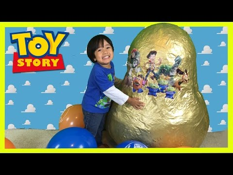 GOLDEN GIANT EGG SURPRISE OPENING Disney Toy Story Woody Buzz Lightyear  Ryan ToysReview 13d22613a5e