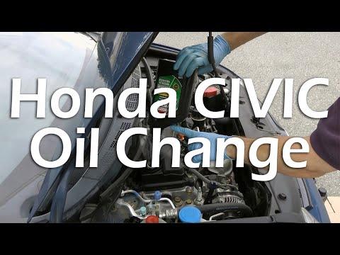 Honda Civic (2006-2011) - Oil Change (Full Tutorial).