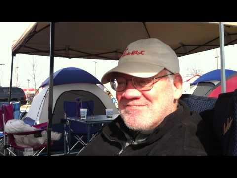 Retired Naperville resident Denis Rewerts camps out for Wheaton's Chick-fil-A grand opening