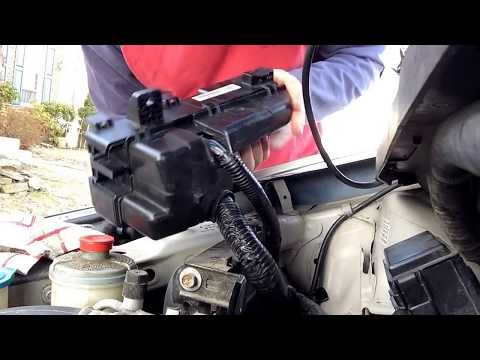2005 Honda Odyssey Fuse Box Replacement - engine compartment