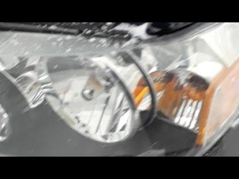 Replacing Headlight Bulb In 2007 FORD Escape