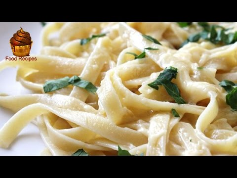 Super Easy Alfredo Sauce with Cream Cheese and Heavy Cream from Scratch