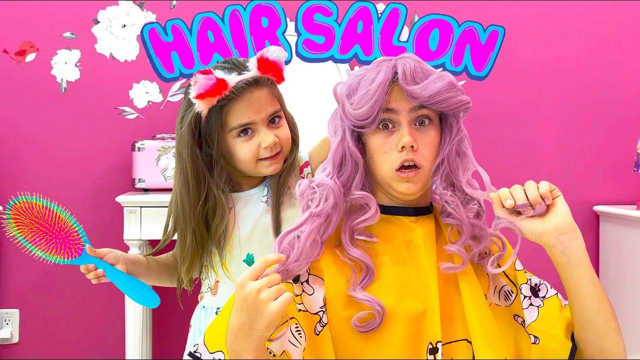 Nastya y la historia sobre el cabello teñido
