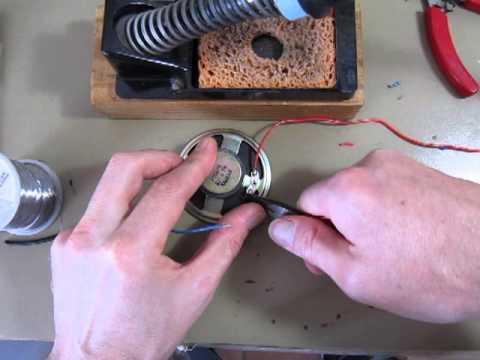 Soldering wires to a loudspeaker - soldering for beginners in electronics
