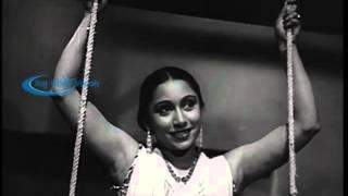 Mangamma Sabatham 1943 --  NSK & T A  Mathuram Comedy Scene & Song