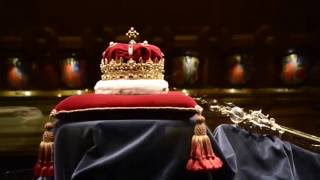 Cleaning the Scottish Crown Jewels