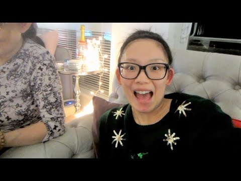CHRISTMAS PARTY 2017! - VlogsWithLinda