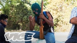 Mexican Vigilantes Stand Up Against Crime