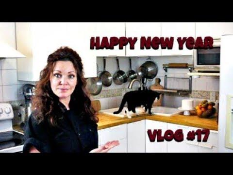 Happy New Year! Vlog #17 || Gretchen's Vegan Bakery