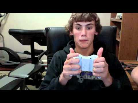 How to hold your xbox controller properly