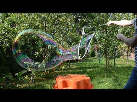 Homemade Giant Bubbles - Bubbles Recipe